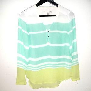 💥😜 5/$20 🎀 Lauren Conrad Long Sleeve Button Up